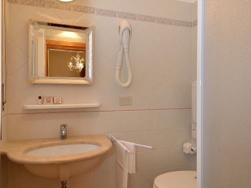 Vasca Da Bagno Indipendente Piccola : Hotel da bruno